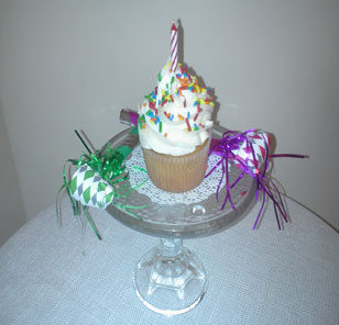 TRADITIONAL BIRTHDAY CUPCAKES